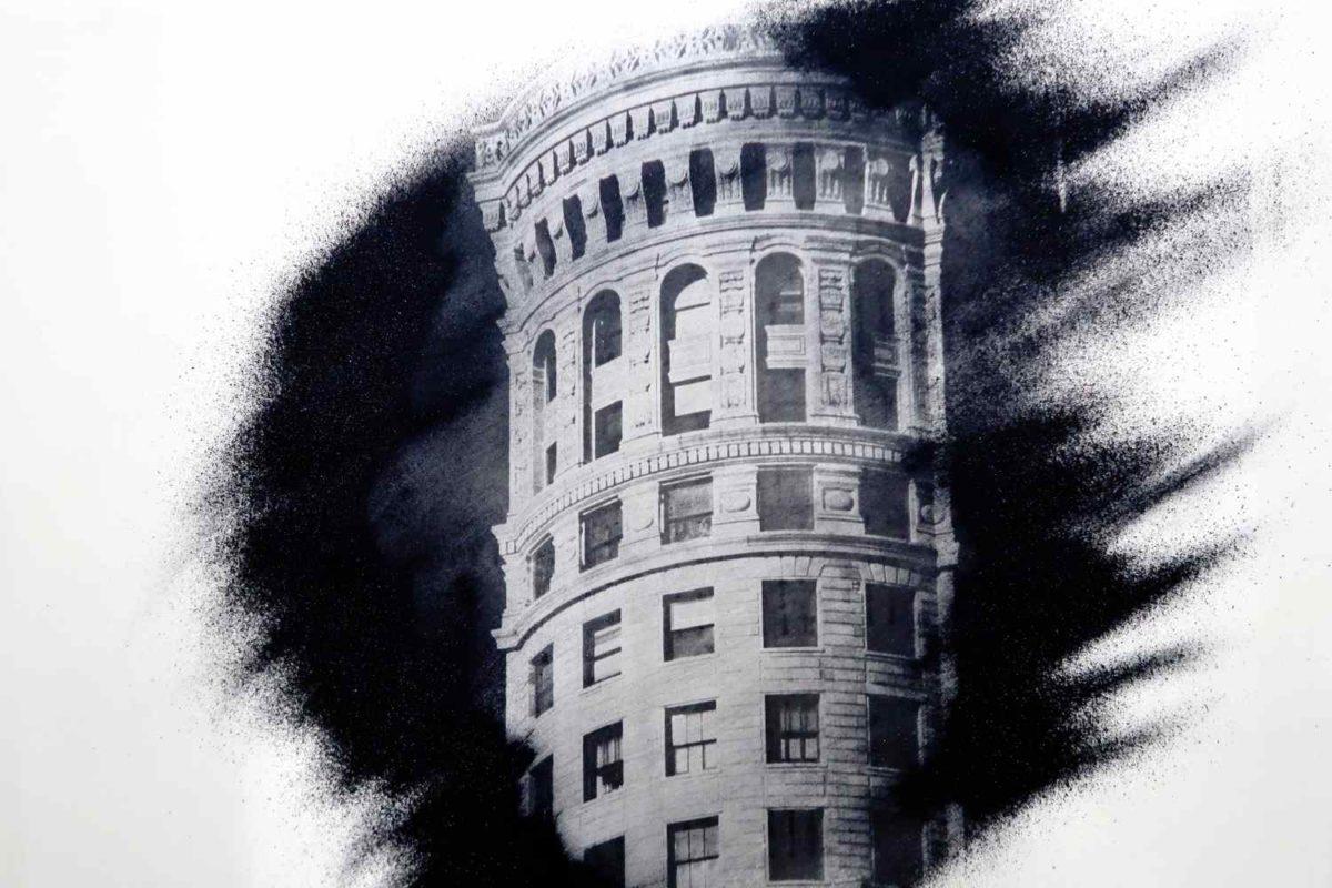 Arte del levare. San Francisco. Hobart Building.