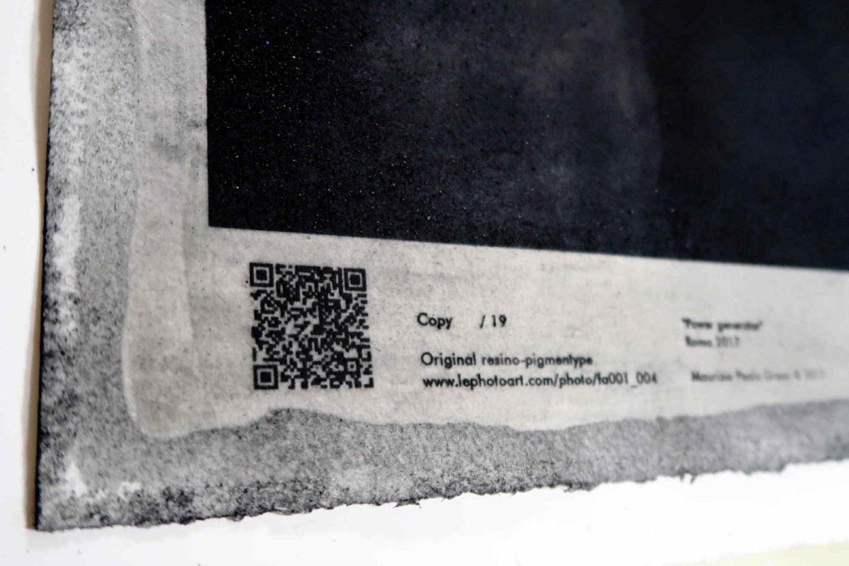 Dettaglio certificato LE strip. Art photography Roma.